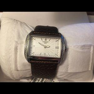 Tissot 0.31 c.t. diamond leather women watch